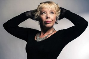 Hard Rain with a soft heart – Barb Jungr sings Dylan and Cohen at the Byron Theatre